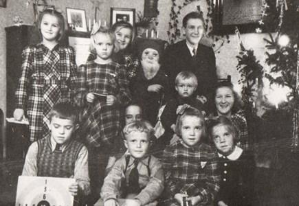 Kusiner firar Jul i Falkenberg 1944