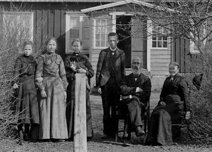 Folkskollärarfamiljen Oskar Em. Lundqvist