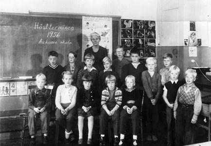 Askome 502, Gamla skolan, år 1956
