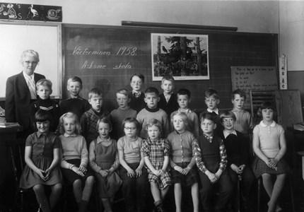 Askome 502, Gamla skolan, år 1958