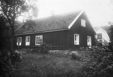 Askome skolhus 1939 baksidan