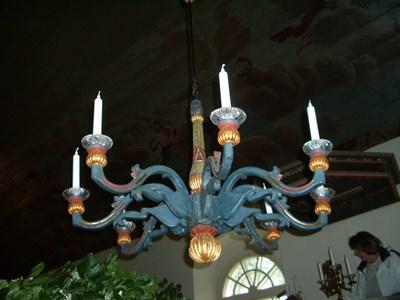 Ljuskrona i trä, Askome kyrka.