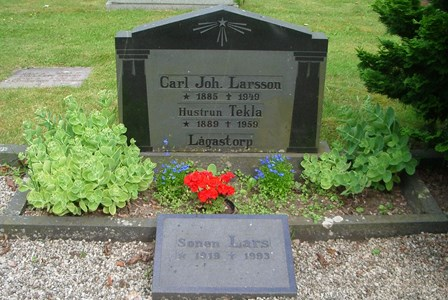 Carl Joh. Larsson o h h Tekla, Lågastorp 105
