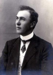 Agard Larsson, Ryssgärde 105