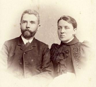 Johanna Andersdotter , Fylleklev Emanuelssons, o h make folkskollärare Johan Elof Nyström, Gällared.
