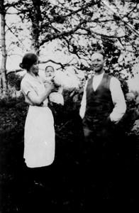 Alma och August Troedsson, Fylleklev Falthultet.