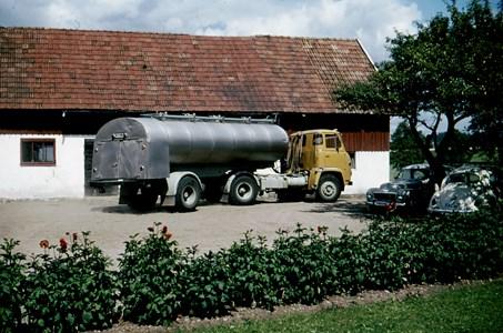Mjölkbilen hämtar, Hede 224