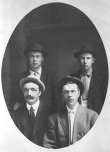 Viktor Olsson och Klas Janson, Robert och Karl Olsson