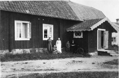 Husby Stengård och Brunnsgården