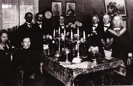Familjen Gustaf Pettersson, Dalby Mellangård