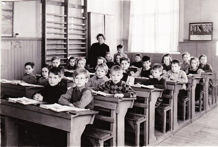 Aspö skola klass 1-2 1949