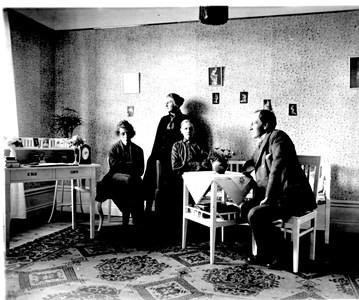 Lärarna i Aspö skola, hösten 1921.