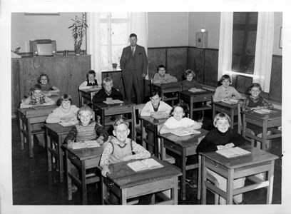 14-03-1956-Kronan-Skolfoto-Klass 3-4-01.jpg