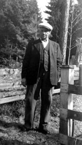 44-11-01-1884-Ivar Berg-01.jpg