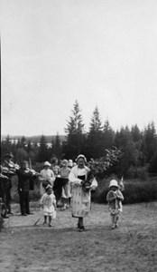 37-23-01-1880-Emma Wiklund på Lövåsen-03
