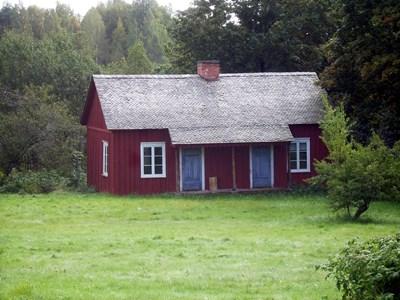 37-40-00-Vikene-Lillstuga-Där Framme-01