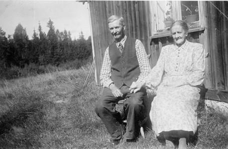 32-27-01-1869-Per Olsson-01 Per och Maria.jpg
