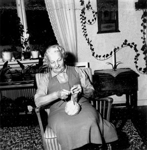 15-16-01-1892-Amanda  Gustafsson-Adolfsson-01.jpg