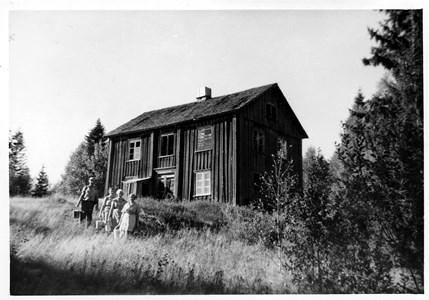 S02-05-00-Va Ämtervik-Knutstorp-Där Framme-01.jpg