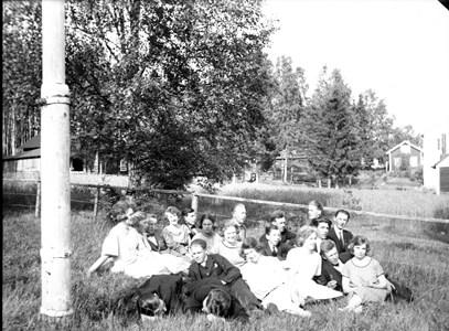 60-06-AE 38-G-NTO- Midsommardagen 1925.jpg