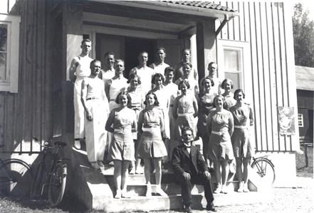 17-230-10-Lerhol-Logen Thorsborg-Gymnastik-02-Trupp 1930-tal.jpg