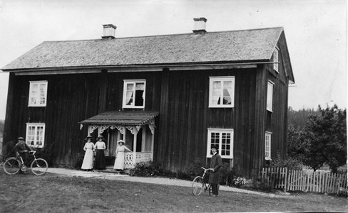 27-04-00-Slorud-Där Nere-02.jpg