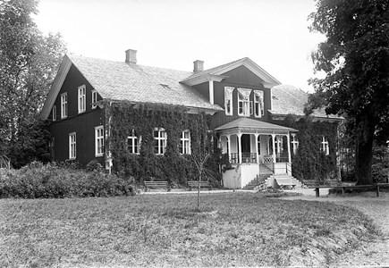 02-07-00-Brunsberg Herrgården-01