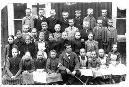 02-02-1895-Brunsberg Skolfoto-01