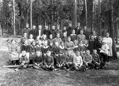 02-02-1921-Brunsberg Skolfoto-01