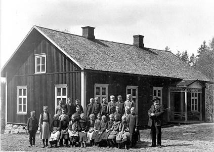 02-02-1906-Brunsberg Skolfoto-01