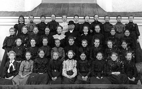 15-02-1905-06 ca-Kyrkan-Konfirmation-01