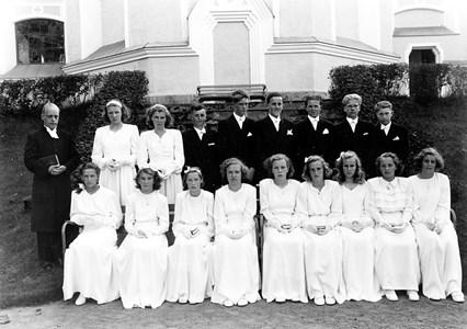 15-02-1947-Kyrkan-Konfirmation-04