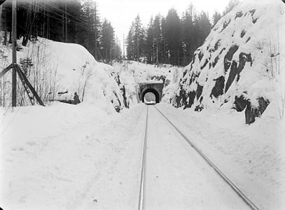 08-70-00-Gryttom-Järnvägstunnel-04