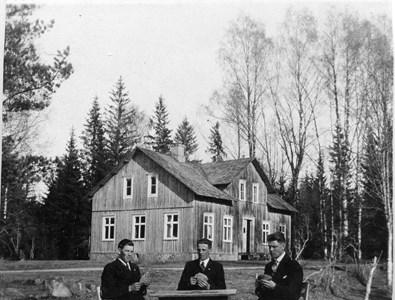 32-33-01-Svartåna-Nyby hälsobrunn-04.jpg