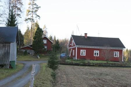 08-25-00-Gryttom-Där Nere-01.jpg