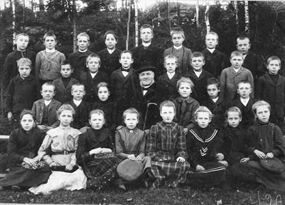 29-02-1905-St Skärmnäs-Skolfoto-01-