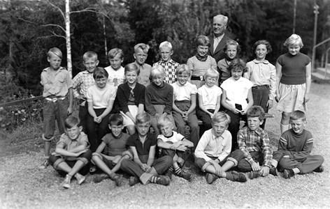 37-05-1955-Vikene-Ga Skolfoto-02