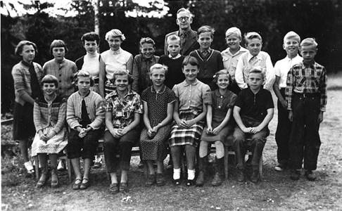 37-05-1955-Vikene-Ga Skolfoton-01