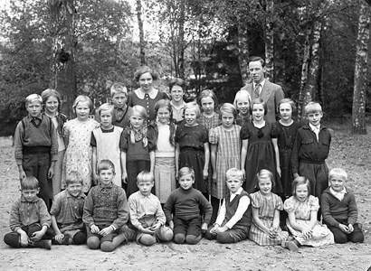 34-02-1937-Takene-Skolfoton-01