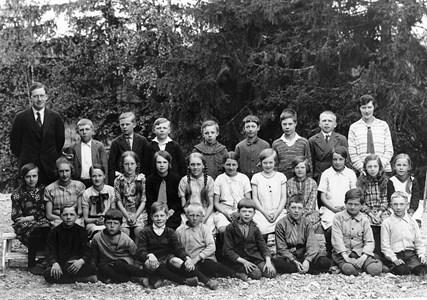 37-05-1930-Vikene-Ga Skolfoton-01