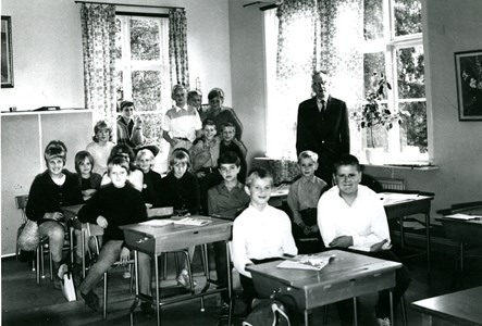 37-05-1958 ca-Vikene-Ga Skolfoton-01