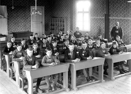 37-05-1921-Vikene-Ga Skolfoton-01