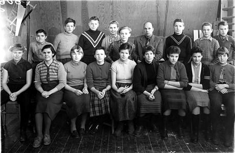 17-04-1955-56-Edane-Skolfoto-01-Fortsättningsskolan