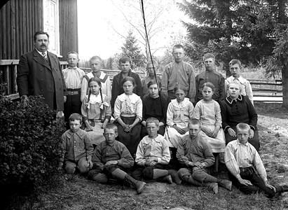 34-02-1913-Takene-Skolfoton-01
