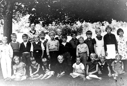 17-03-1936-37-Lerhol skolfoto-01