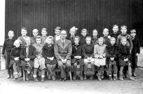 17-04-1941 ca-Edane-Skolfoto-01