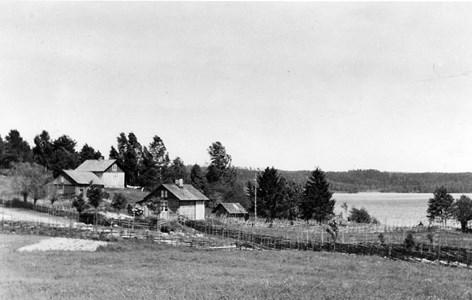 18-08-00-Lilla Skärmnäs-Hagen-01