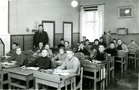 14-03-1955-56-Kronan-Skolfoto-01-klass 6