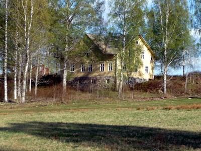 18-26-00-Lilla Skärmnäs-Villa Björkudden-03.jpg