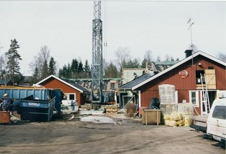 37-06-00-Vikene-Nya Skolan-09-Byggnation 2001.jpg